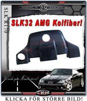 1.Kolfiber kåpa SLK32 AMG motor